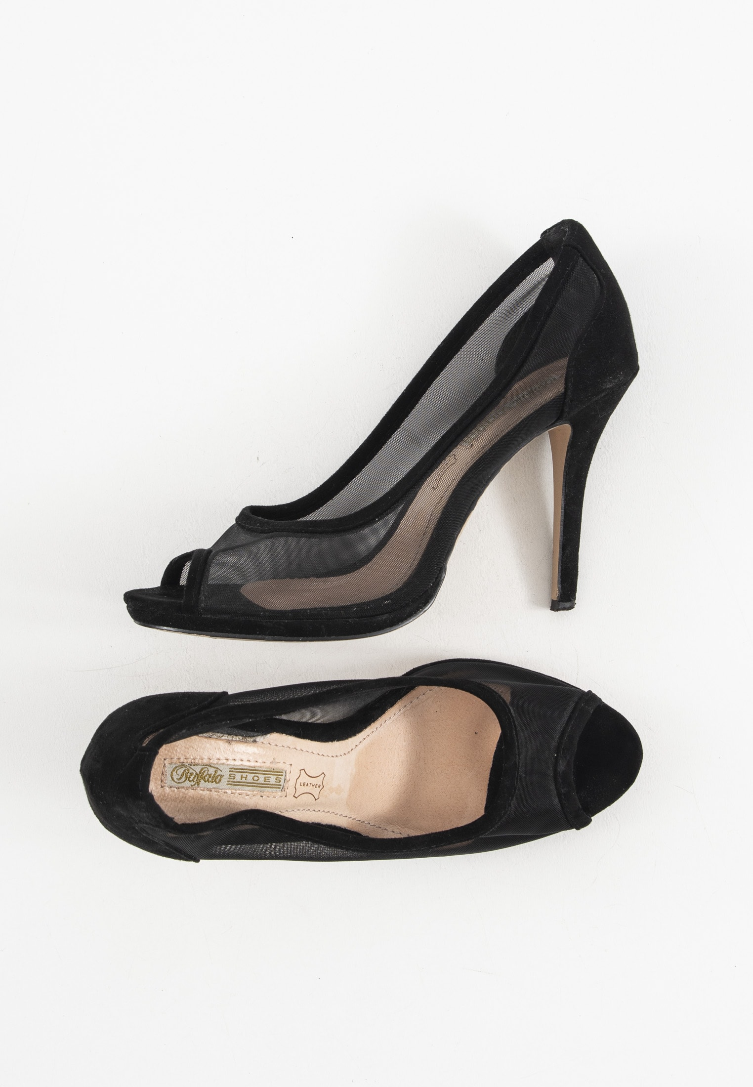 Buffalo pumps, sort, 38